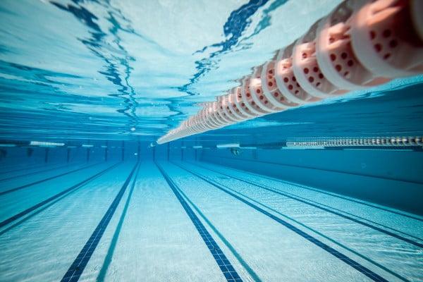 rødding svømmehal åbningstider